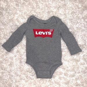 🔥Levi's Infant Thermal Onesie Size 12 Months
